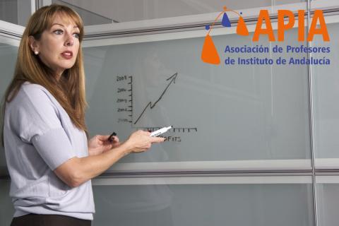 """Editorial """"Los aprobados en los institutos de Secundaria"""""""